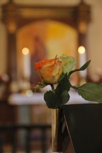 Roser i kirken - bryllup